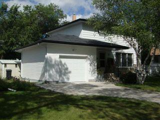 Photo 1: 217 Doran Bay in WINNIPEG: Westwood / Crestview Residential for sale (West Winnipeg)  : MLS®# 1303708
