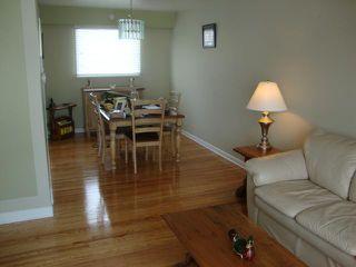 Photo 8: 217 Doran Bay in WINNIPEG: Westwood / Crestview Residential for sale (West Winnipeg)  : MLS®# 1303708