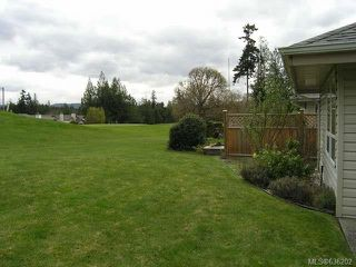 Photo 13: 556 Cedar Cres in COBBLE HILL: ML Cobble Hill Half Duplex for sale (Malahat & Area)  : MLS®# 636202