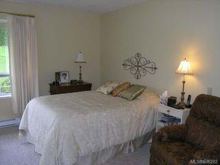 Photo 8: 556 Cedar Cres in COBBLE HILL: ML Cobble Hill Half Duplex for sale (Malahat & Area)  : MLS®# 636202