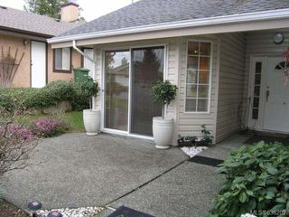 Photo 10: 556 Cedar Cres in COBBLE HILL: ML Cobble Hill Half Duplex for sale (Malahat & Area)  : MLS®# 636202