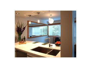 "Photo 5: # 301 1510 W 1ST AV in Vancouver: False Creek Condo for sale in ""MARINER POINT"" (Vancouver West)  : MLS®# V1026400"