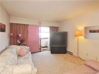 Photo 3: 206 929 Esquimalt Rd in VICTORIA: Es Old Esquimalt Condo for sale (Esquimalt)  : MLS®# 677584