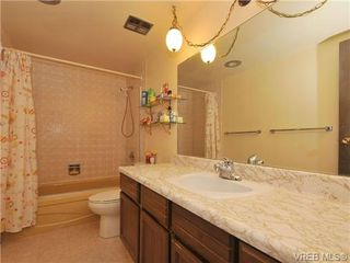 Photo 14: 206 929 Esquimalt Rd in VICTORIA: Es Old Esquimalt Condo for sale (Esquimalt)  : MLS®# 677584