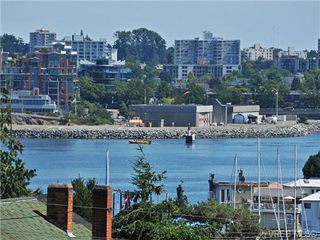 Photo 18: 206 929 Esquimalt Rd in VICTORIA: Es Old Esquimalt Condo for sale (Esquimalt)  : MLS®# 677584