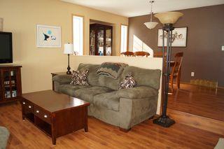 Photo 7: 85 Oakbank Drive in Oakbank: Single Family Detached for sale : MLS®# 1602936