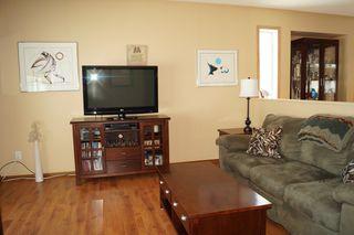 Photo 8: 85 Oakbank Drive in Oakbank: Single Family Detached for sale : MLS®# 1602936