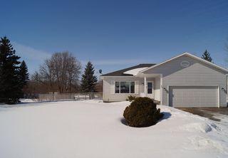 Photo 1: 85 Oakbank Drive in Oakbank: Single Family Detached for sale : MLS®# 1602936