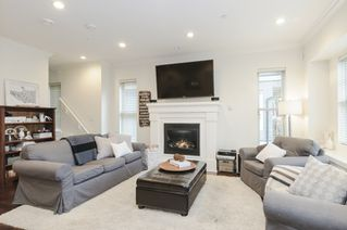 Photo 10: 1833 NAPIER STREET in Vancouver: Grandview VE House 1/2 Duplex for sale (Vancouver East)  : MLS®# R2043418