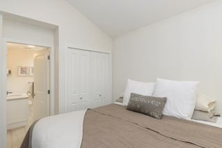 Photo 16: 1833 NAPIER STREET in Vancouver: Grandview VE House 1/2 Duplex for sale (Vancouver East)  : MLS®# R2043418
