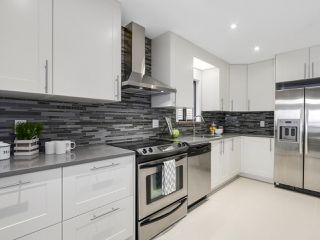 Photo 4: 4586 GEORGIA STREET in Burnaby: Capitol Hill BN House for sale (Burnaby North)  : MLS®# R2137702