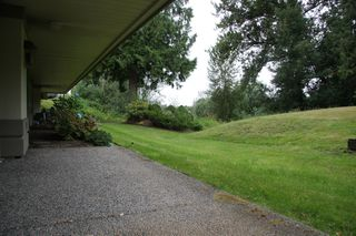 Photo 37: 113 4001 Old Clayburn Road in Abbotsford: Townhouse for sale : MLS®# R2280148