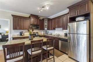 Photo 3: 202 22363 SELKIRK AVENUE in Maple Ridge: West Central Condo for sale : MLS®# R2195203