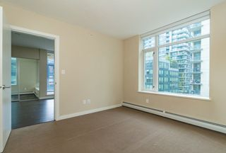Photo 9: 567 108 W 1ST Avenue in Vancouver: False Creek Condo for sale (Vancouver West)  : MLS®# R2404596