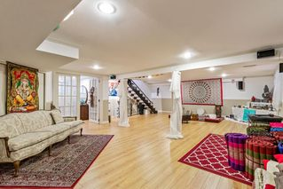 """Photo 16: 327 PINE Street in New Westminster: Queens Park House for sale in """"Queens Park"""" : MLS®# R2411440"""