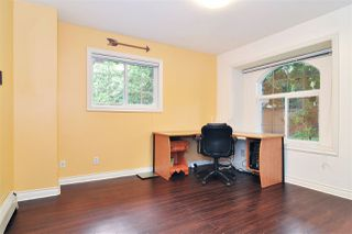 """Photo 4: 9018 207B Street in Langley: Walnut Grove House for sale in """"Greenwood Estates"""" : MLS®# R2413319"""
