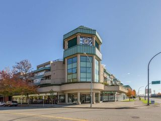 "Main Photo: A218 2099 LOUGHEED Highway in Port Coquitlam: Glenwood PQ Condo for sale in ""Shaughnessy Square"" : MLS®# R2416630"