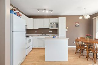Photo 8: 18 207 Keevil Way in Saskatoon: Erindale Residential for sale : MLS®# SK805702