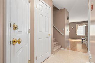 Photo 2: 18 207 Keevil Way in Saskatoon: Erindale Residential for sale : MLS®# SK805702