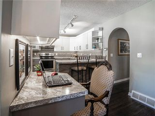 Photo 7: 269 MIDRIDGE Crescent SE in Calgary: Midnapore Detached for sale : MLS®# C4303365
