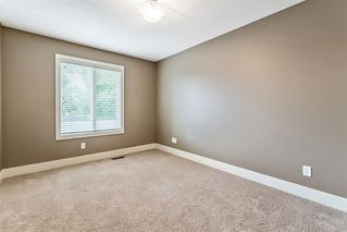 Photo 34: 2421 1 Avenue NW in Calgary: West Hillhurst Semi Detached for sale : MLS®# A1009605