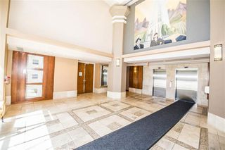 Photo 6: 303 7368 SANDBORNE Avenue in Burnaby: South Slope Condo for sale (Burnaby South)  : MLS®# R2475593