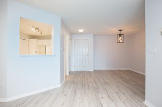 """Photo 5: 212 7151 121 Street in Surrey: West Newton Condo for sale in """"THE HIGHLANDS"""" : MLS®# R2485294"""