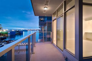 "Photo 39: 602 175 VICTORY SHIP Way in North Vancouver: Lower Lonsdale Condo for sale in ""CASCADE AT THE PIER"" : MLS®# R2498097"