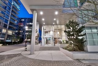 "Photo 34: 602 175 VICTORY SHIP Way in North Vancouver: Lower Lonsdale Condo for sale in ""CASCADE AT THE PIER"" : MLS®# R2498097"