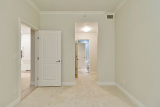 "Photo 18: 602 175 VICTORY SHIP Way in North Vancouver: Lower Lonsdale Condo for sale in ""CASCADE AT THE PIER"" : MLS®# R2498097"