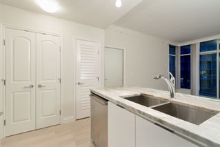 "Photo 10: 602 175 VICTORY SHIP Way in North Vancouver: Lower Lonsdale Condo for sale in ""CASCADE AT THE PIER"" : MLS®# R2498097"