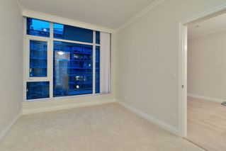 "Photo 16: 602 175 VICTORY SHIP Way in North Vancouver: Lower Lonsdale Condo for sale in ""CASCADE AT THE PIER"" : MLS®# R2498097"