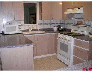 Photo 5: 15461 18TH AV in Surrey: King George Corridor Home for sale ()  : MLS®# F2719597