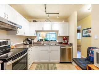 "Photo 7: 404 15991 THRIFT Avenue: White Rock Condo for sale in ""Arcadian"" (South Surrey White Rock)  : MLS®# R2505774"