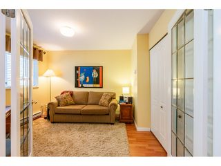 "Photo 15: 404 15991 THRIFT Avenue: White Rock Condo for sale in ""Arcadian"" (South Surrey White Rock)  : MLS®# R2505774"