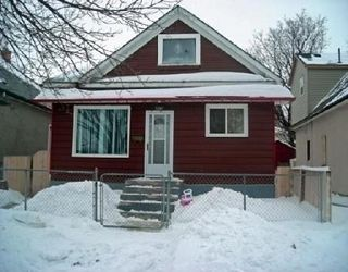 Photo 1: 842 ALFRED: Residential for sale (Canada)  : MLS®# 2801773