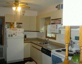 Photo 4: 827 BURROWS AV in WINNIPEG: Residential for sale (Canada)  : MLS®# 2912758