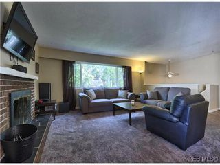 Photo 3: SAANICHTON  REAL ESTATE = SAANICHTON HOME For Sale SOLD With Ann Watley