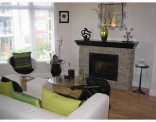 Photo 2: 204 4233 BAYVIEW Street in Richmond: Home for sale : MLS®# V672334