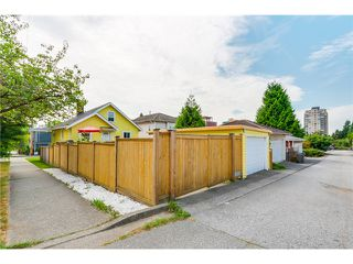 "Photo 19: 5105 RUBY Street in Vancouver: Collingwood VE House for sale in ""Collingwood"" (Vancouver East)  : MLS®# V1082069"