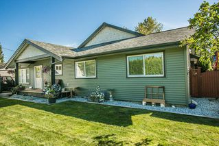Photo 1: 11824 STEPHENS STREET in Maple Ridge: East Central House for sale : MLS®# R2103471