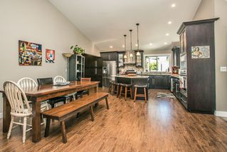 Photo 5: 11824 STEPHENS STREET in Maple Ridge: East Central House for sale : MLS®# R2103471
