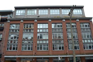Main Photo: 305 1072 HAMILTON STREET in Vancouver: Yaletown Condo for sale (Vancouver West)  : MLS®# R2136289