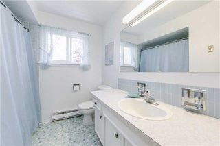Photo 14: 63 Kentland Cres in Toronto: Bayview Woods-Steeles Freehold for sale (Toronto C15)  : MLS®# C4167375