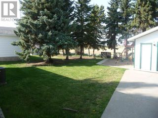 Photo 12: 5204 59 Avenue in Viking: Residential Detached for sale