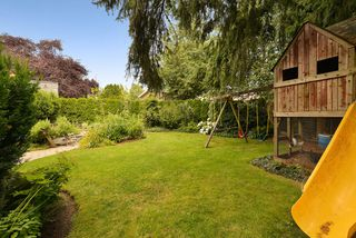 Photo 10: 7185 SEABROOK Road in VICTORIA: CS Saanichton Single Family Detached for sale (Central Saanich)