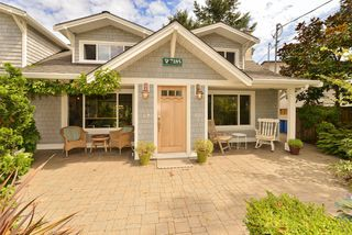 Photo 5: 7185 SEABROOK Road in VICTORIA: CS Saanichton Single Family Detached for sale (Central Saanich)