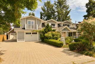 Photo 2: 7185 SEABROOK Road in VICTORIA: CS Saanichton Single Family Detached for sale (Central Saanich)