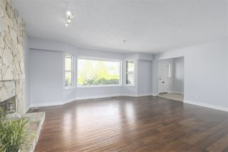 Photo 4: 10013 158A Street in Surrey: Guildford House for sale (North Surrey)  : MLS®# R2439183