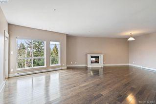 Photo 17: 306 3915 Carey Road in VICTORIA: SW Gateway Condo Apartment for sale (Saanich West)  : MLS®# 423687